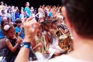 Barnen i El Sistema välkomnar Volvo Ocean Race-båtarna