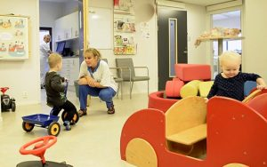 Göteborgs Stad satsar på fler familjecentraler