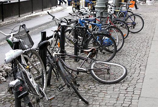 Toppen Många övergivna cyklar på stan » Vårt Göteborg UE-19