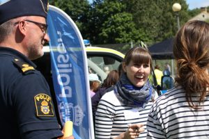 Polisen lovar ökad närvaro på Redbergsplatsen och i Olskroken