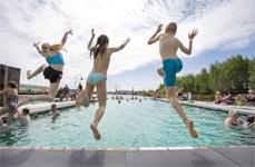 Nya badet i Jubileumsparken skjuts på framtiden