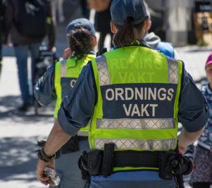 Ordningsvakter ska öka tryggheten i Brunnsparken